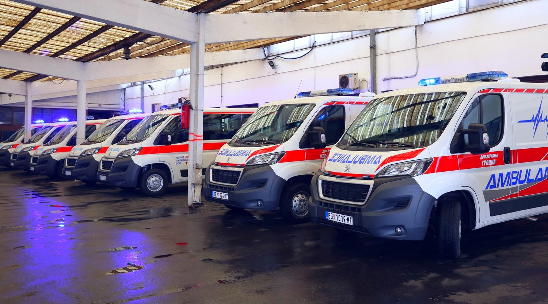 Синиша Мали: Седам нових санитетских возила за Хитну помоћ и домове здравља